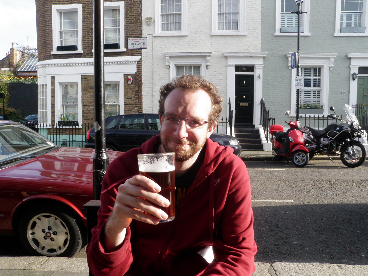 Jachin Having a Beer on Notting Hill